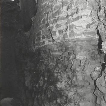 Rioleringswerkzaamheden brug bij voorpoort kasteel.