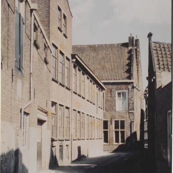 Spoor Mosterd. Drostenhuis