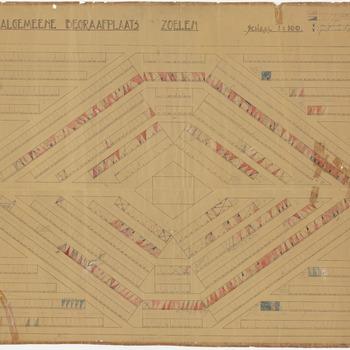 Een plattegrond van de algemene begraafplaats in Zoelen waarop alle graven zijn aangegeven met een aanduiding van de eigen graven en de huur graven