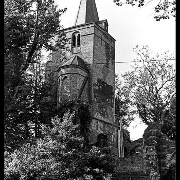 Ruïne hervormde kerk, kerktoren