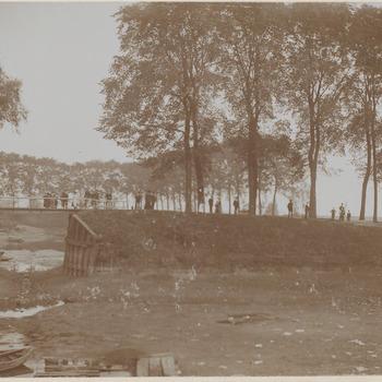 De Oude Haven, foto genomen richting jachthaven (thans 1998)