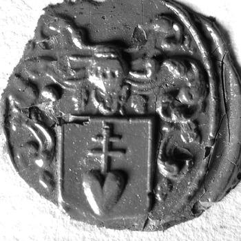 Zegel van: Tricht, van J. van Tricht Oz., notaris (op los afgescheurd stukje papier)