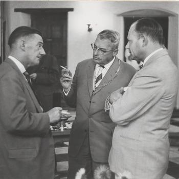 Bezoek van Oud-Generaal William Murphy (en echtgenote) aan Culemborg en Dr. Hategan, lid van het parlement van Zuid-Afrika.