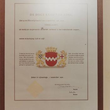 nieuw goedgekeurd, door de hoge raad van adel, gemeentewapen na de herindeling van 1978