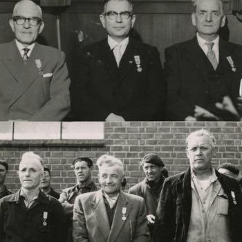 Op de bovenste foto: De Geridderden van Metaalwarenfabriek Rio in Tiel de heren: J.A. van Bostelen, M. de Jong en B.L. van Rooyen. Zij ontvingen gedrieen de eremedaille in de Orde van Oranje Nassau. Op de onderste foto: 3 Geridderden van de Steenfabriek te Deest