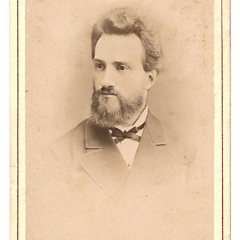 Portret Johannes Leonardus Jacobus Hallo (1815-1891), predikant te Nederhemert. Gehuwd met Wina Brouwers (1816-1???)