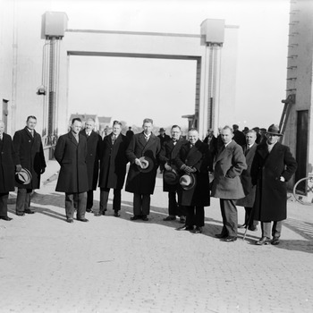 Opening sluis Sint Andries, ingenieurs en aannemers