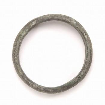 bronzen armband met groeflijnversiering