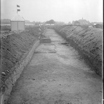 Sporen van Germaanse huizen buiten het Oppidum Batavorum. RMO opgravingstent