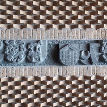Reliëfs wapens Gelderse gemeenten en Gelderse spreuken