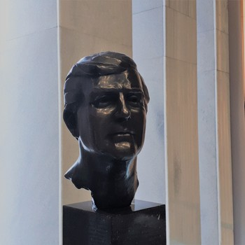 Buste koning Willem-Alexander