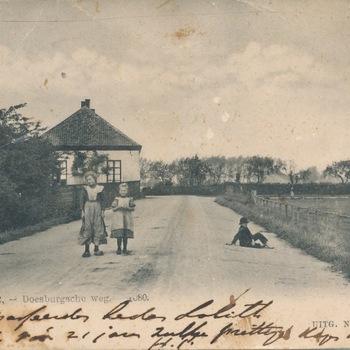 Ansichtkaart Doesburgseweg te Zevenaar