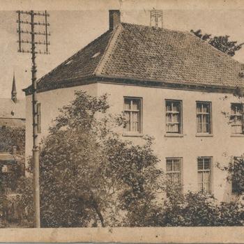 Ansichtkaart huize Zwanepol te Zevenaar
