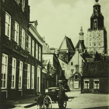 Zutphen, Proostdij en St. Walburgskerk