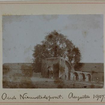 Duc d'Alva's Poort Zutphen