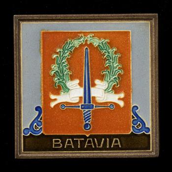 Tegel van keramiek, cloisonné, voorstellende een heraldische afbeelding gemaakt in Utrecht door Westraven ca. 1950