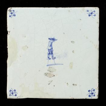 tegel van aardewerk met tinglazuur, voorstellende het kinderspel steltlopen, ca, 1675-1750