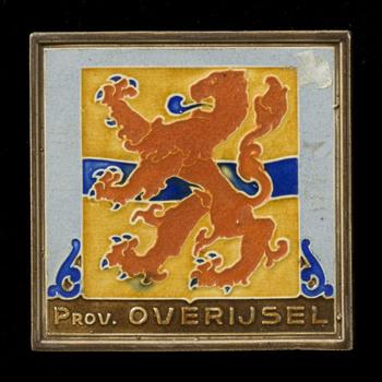 tegel van keramiek, cloisonné, voorstellende Heraldiek gemaakt door Westraven te Utrecht ca. 1940-1950