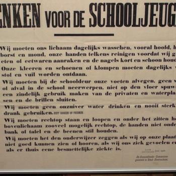 Informatiebord, getiteld 'Wenken voor de schooljeugd'
