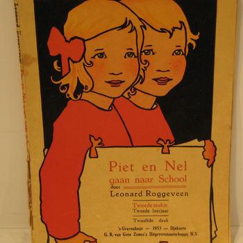 Leesboekje, getiteld ' Piet en Nel gaan naar school' door L. Roggeveen, 1953