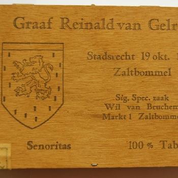 sigarendoos van hout met opschrift uit Zaltbommel 1980-1995