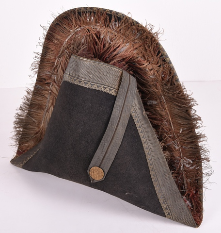 Deel van uniform van Gentse stadsbode: tweesteek