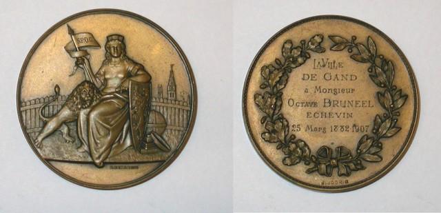 Erepenning Octaaf Bruneel 25 jaar schepen van de Stad Gent, 1907