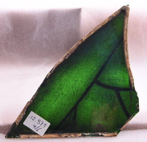 6 glasraamfragmenten, decoratieve motieven