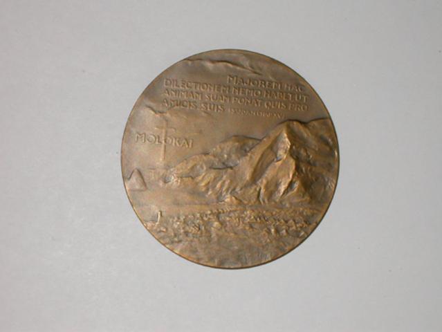 Gedenkpenning aan de overbrenging van de stoffelijke resten van Damiaan naar Leuven, (1936)