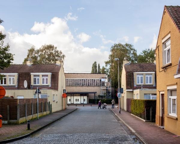 Sint-Bernadette, Bernadettestraat Sint-Amandsberg