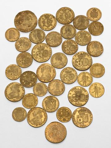 Muntenvondst van Overmere, 36 gouden munten uit de 17de en 18de eeuw
