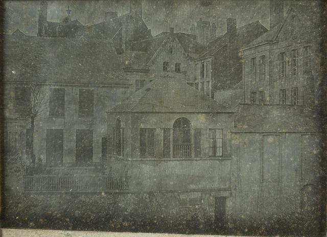 Gezicht op de achtergevels van de huizen in de Hoornstraat en de Veldstraat