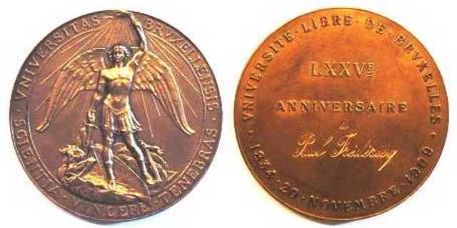Gedenkpenning 75ste verjaring Vrije Universiteit Brussel aan P. Fredericq, 1909