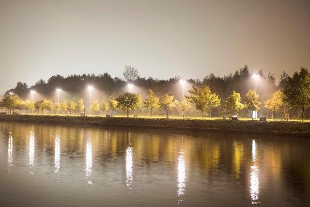 Gent - uit de reeks Citybooks - verlichte weg langsheen kanaal