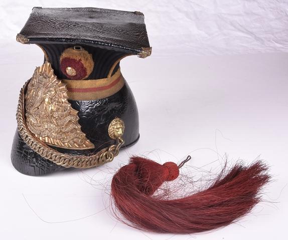 helm van het 16de Regiment van de Ierse Lansiers