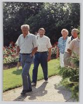groep wandelende personen