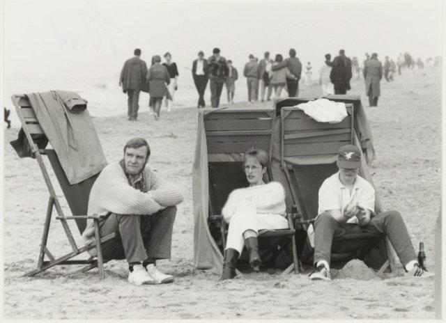 Koukleumen tijdens het Paasweekend 1985 op het strand van Zandvoort.
