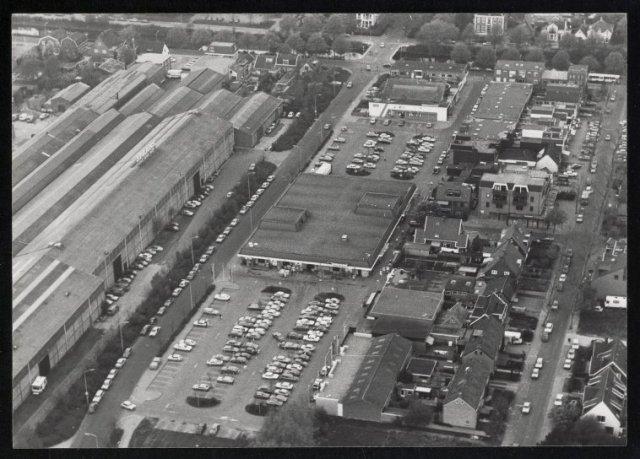 Luchtfoto van het centrum van Hoofddorp met zicht op Dirkson en Spaans.