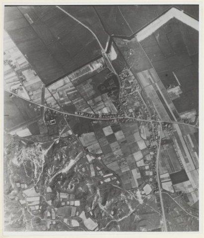 Luchtfoto 264 - VIII - 14 Sticht. Bodemkartering