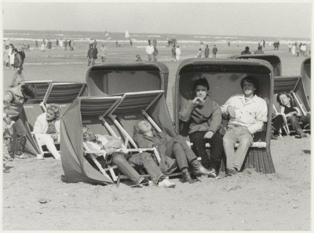 Eerste Paasdag 1985 op het Zandvoortse strand.