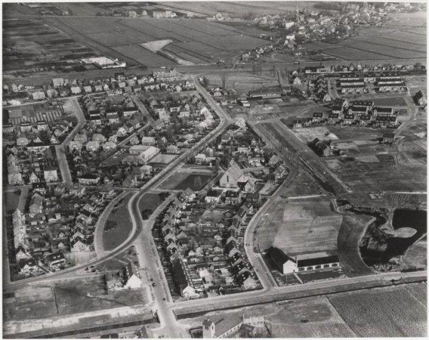 Luchtfoto Badhoevedorp in de Haarlemmermeer