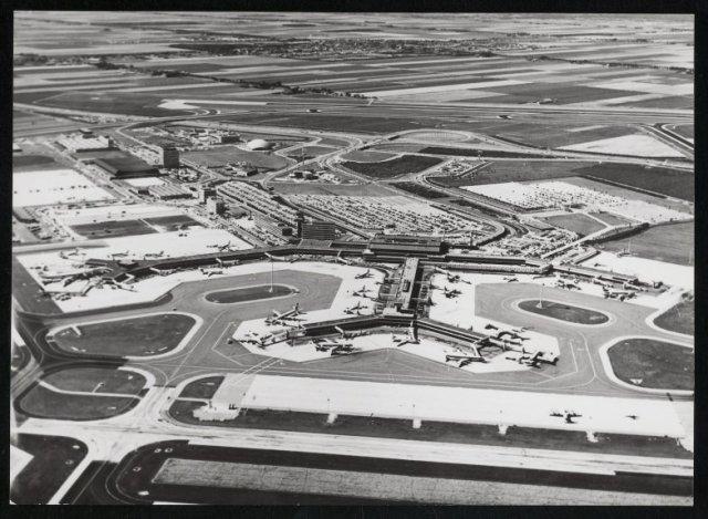 Luchtfoto van Schiphol