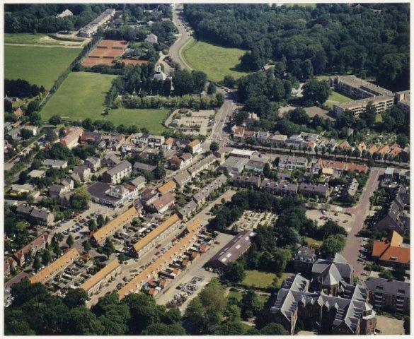 Luchtfoto van Bennebroek