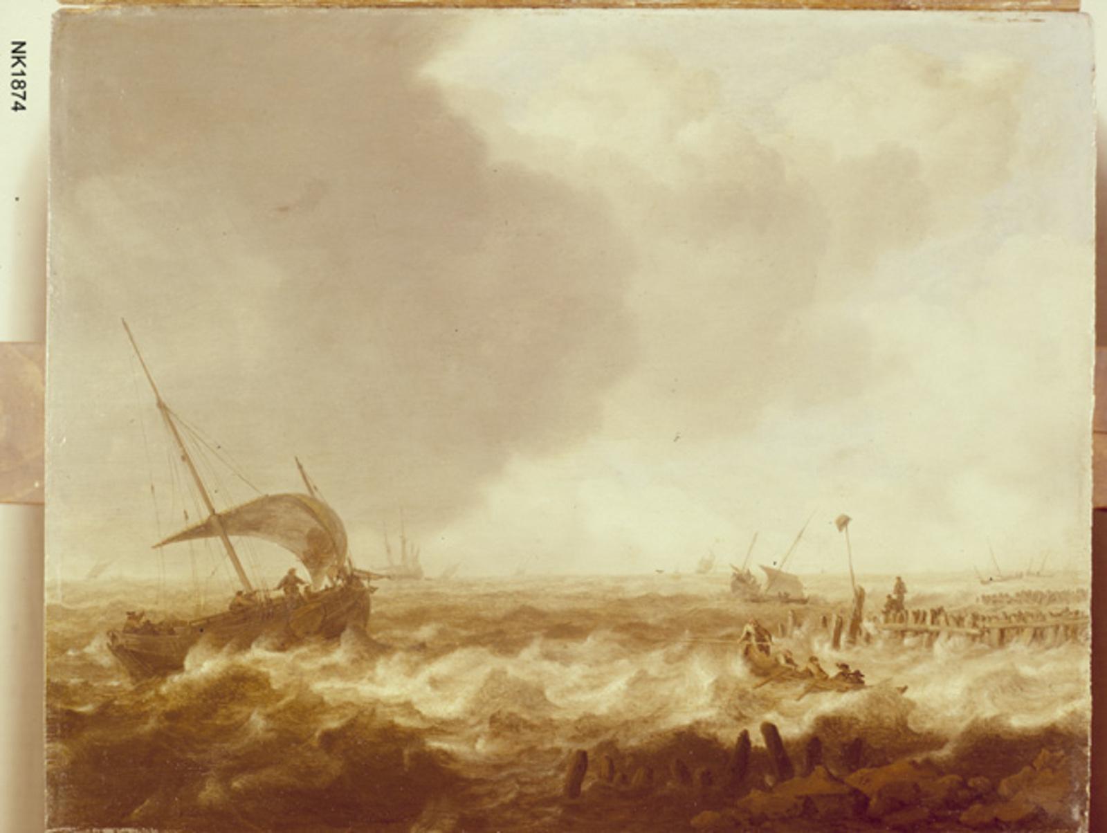 Boten voor de kust op een woelige zee
