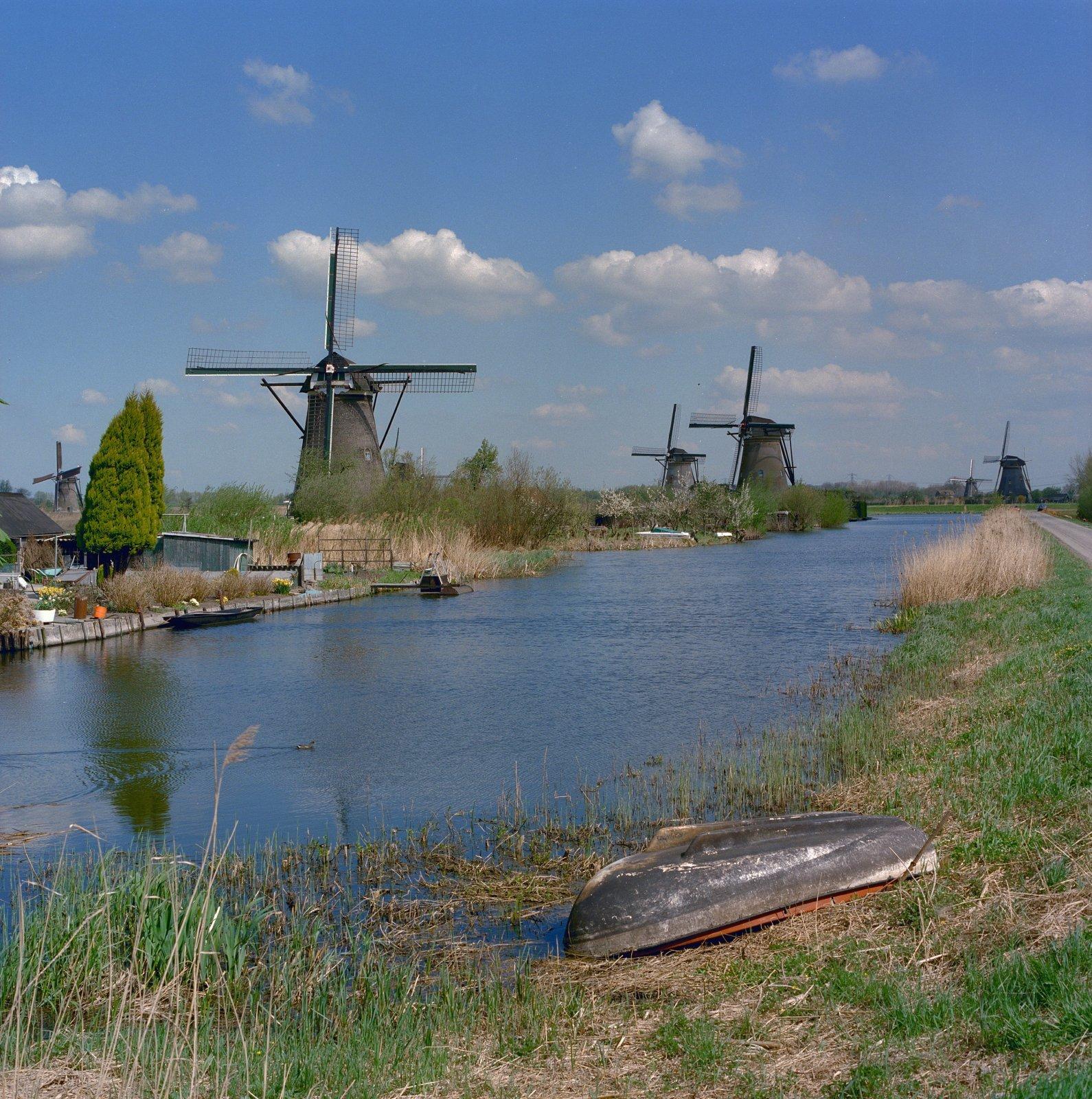 A.J. van der Wal, Kinderdijk Werelderfgoed, 1996-05, Beeldbank van de Rijksdienst voor het Cultureel Erfgoed