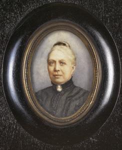 Portret van Albertina Izaä van Loghem (1841-1918)