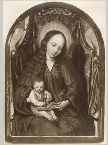 Maria met kind en vier engelen