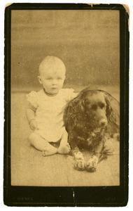 Portret van Elisabeth Anna Maria de Bruijn (1885-1992) met hond