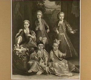 Portret van vijf kinderen