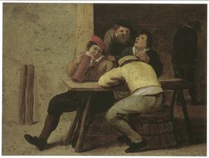 Drinken en rokend gezelschap in een herberg